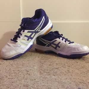 Asics gel rocket volleyball shoes
